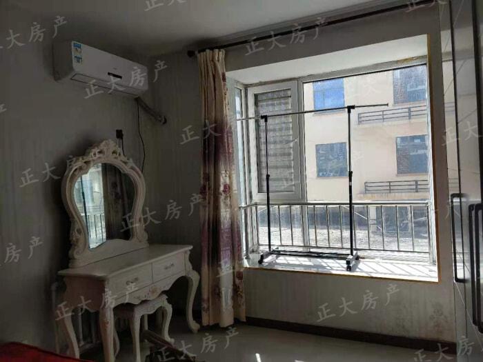 瑞城 1室1厅 1600.00元