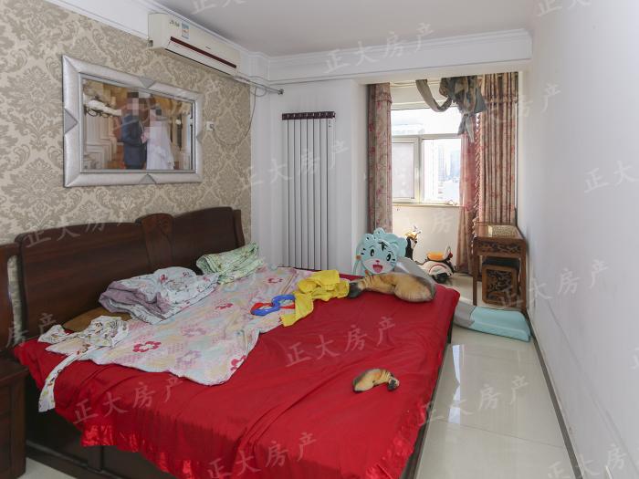 金隅公寓 2室2厅 210.00万