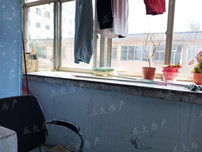 物资局宿舍 2室1厅 1500.00元