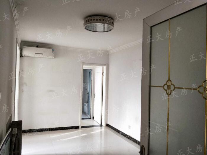 润德陶瓷城 3室2厅 3500.00元