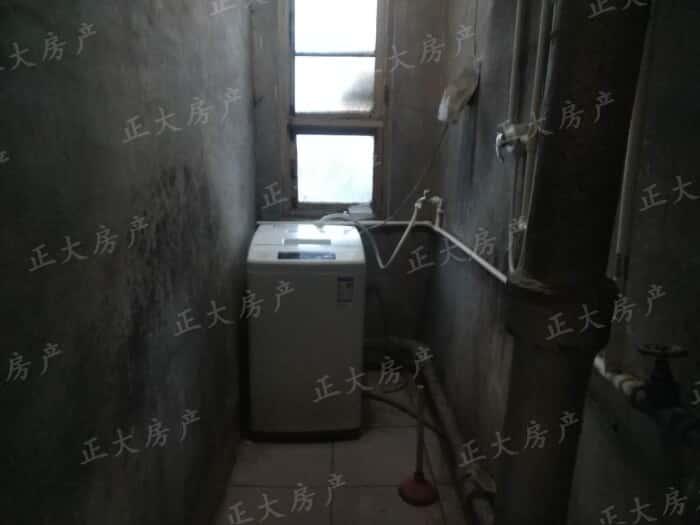 市服务公司 2室1厅 1400.00元