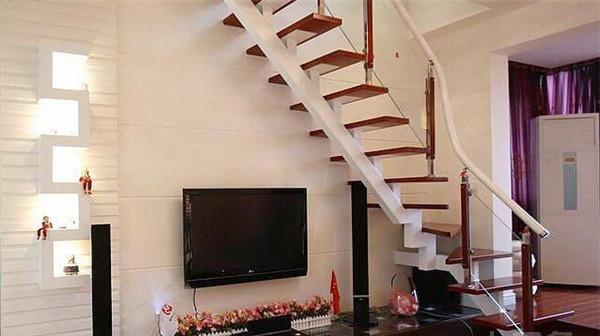 顶楼复式装修中的实用装修技巧有哪些?