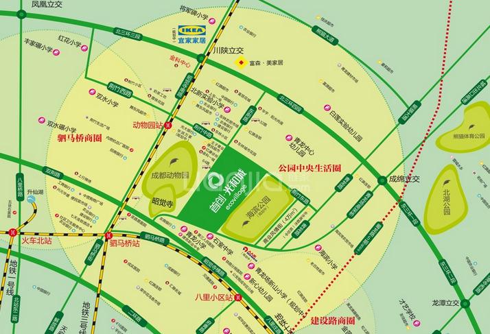 左邻成都动物园,右临海滨公园,围合布局,超低容积率,超远楼间距,超大