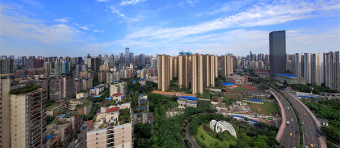 永辉,新世纪等大型购物中心;教育方面,有龙湖巴蜀小学,星光小学,巴蜀
