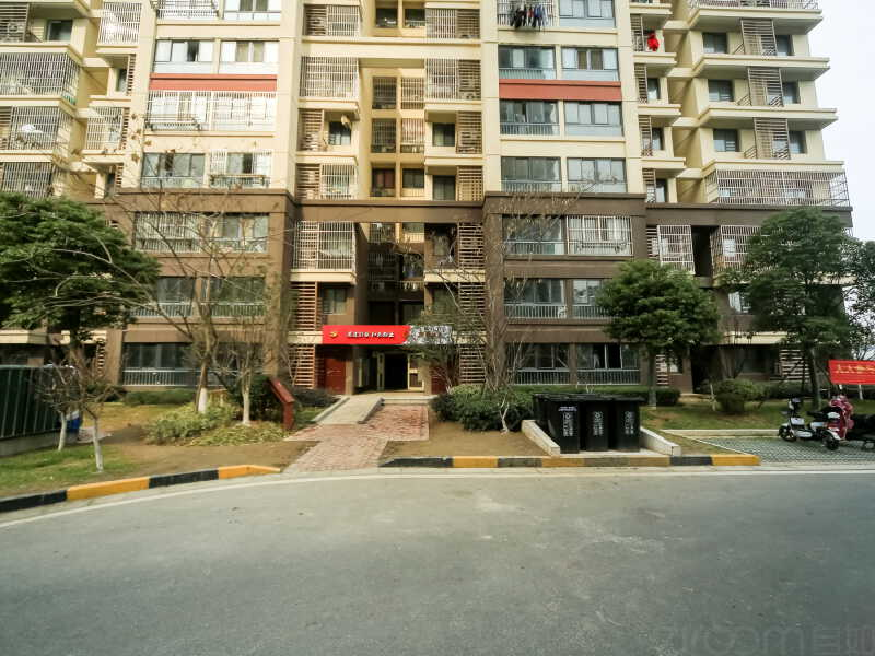 龙西新寓租房信息