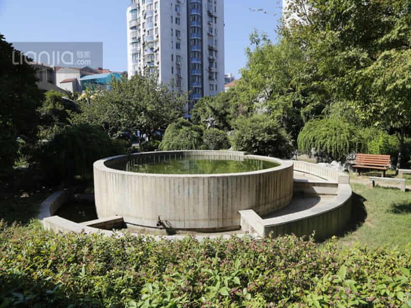 亚洲城花园租房信息